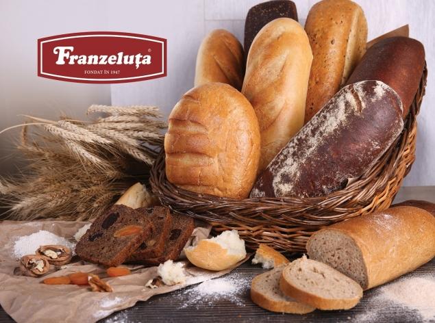 """Pâine sută la sută naturală de la """"Franzeluța"""" (VIDEO)"""