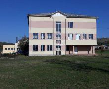 Colaboratorii AEE, în raionul Fălești. Un gimnaziu a fost reabilitat termic