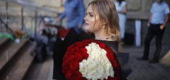 """Nicoleta Negrescu – tânăra care a învins leucemia: """"Cancerul nu alege pe nimeni, lovește fără milă"""""""