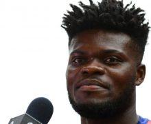 Fotbalul l-a scos din sărăcie. Povestea ghanezului cu șapte frați și un tată erou