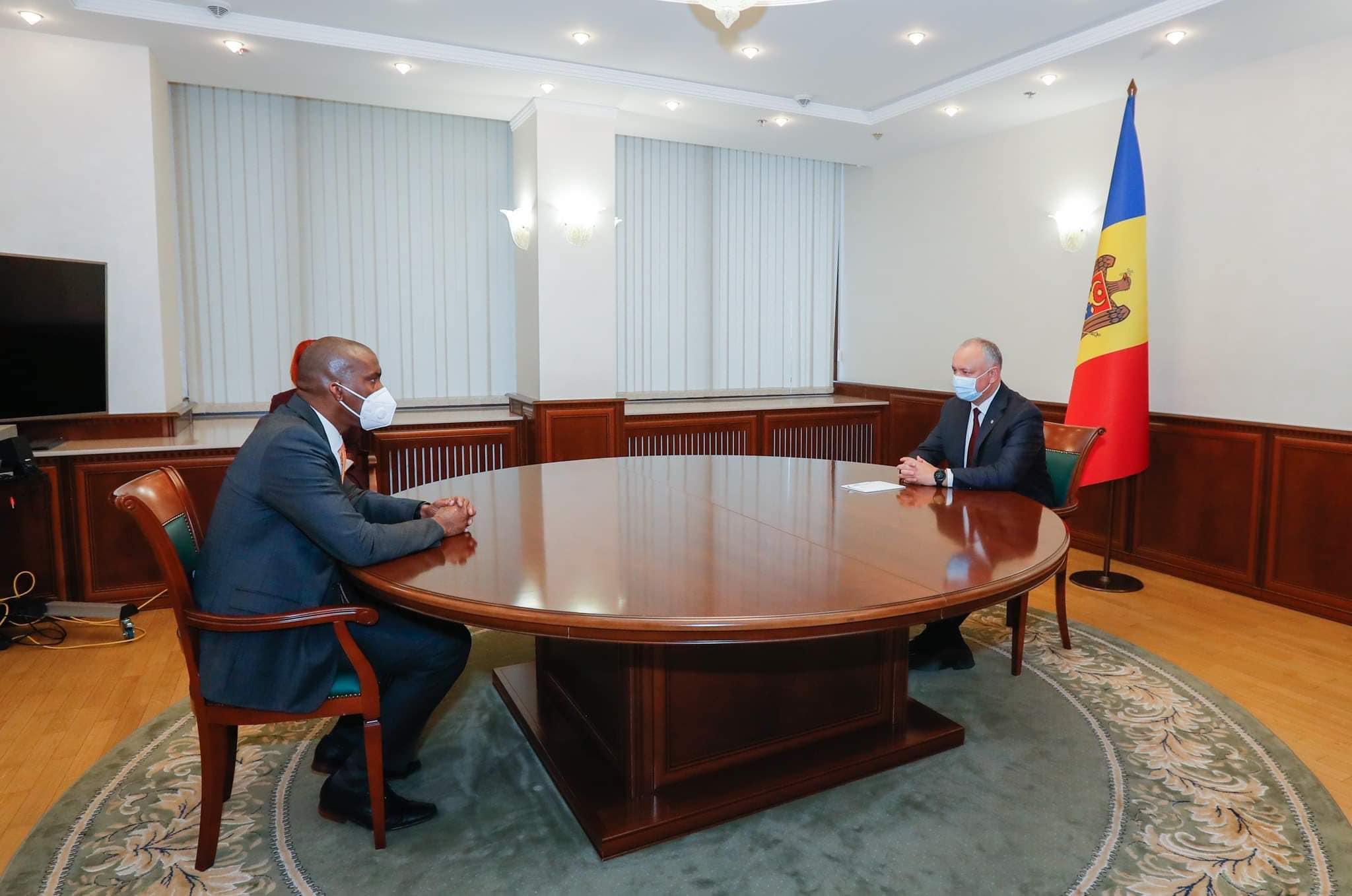 Igor Dodon s-a văzut cu Ambasadorul SUA