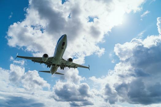 Republica Moldova suspendă cursele avia de pasageri din și spre Marea Britanie