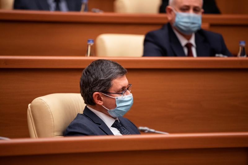 Proiectul de hotărâre pentru aprobarea programului de activitate al Guvernului Grosu, examinat de Comisia juridică