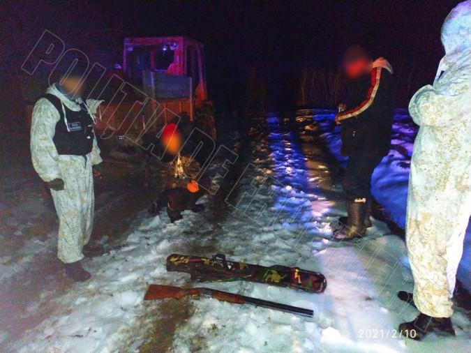 Două tentative de vânătoare ilegală la frontieră au fost depistate de polițiști