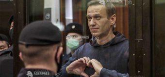 Rusia: Opozantul Aleksei Navalnîi trimis în închisoare pentru aproape trei ani, indignare în Occident