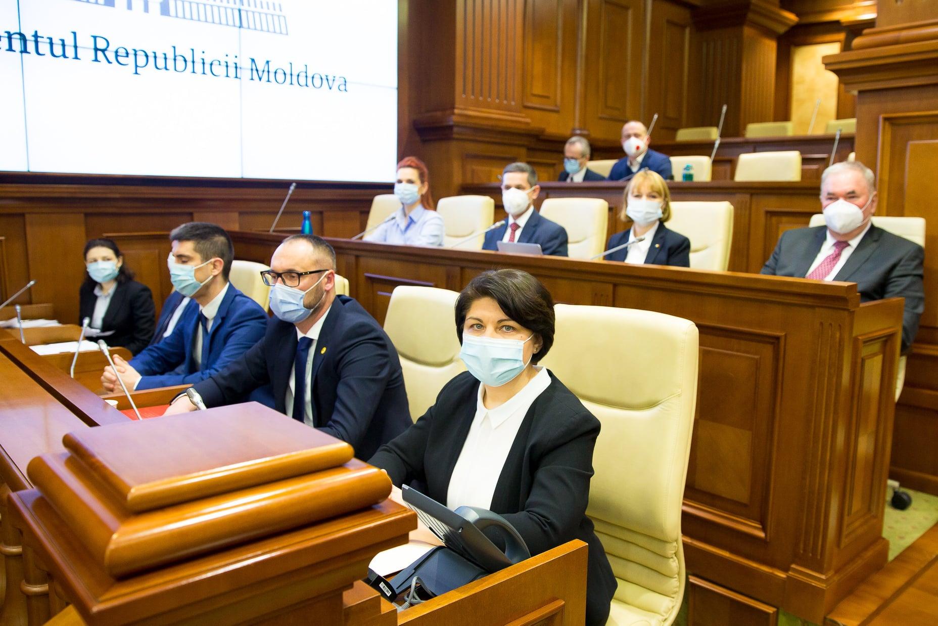 Natalia Gavrilița: Am venit în Parlament pentru a face un pas spre anticipate