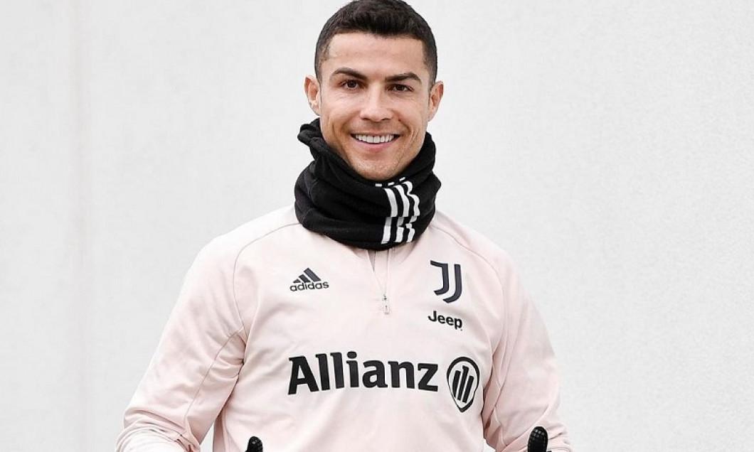 Cristiano Ronaldo împlineşte azi 36 de ani. Juventus i-a făcut un cadou de 32 de milioane de euro
