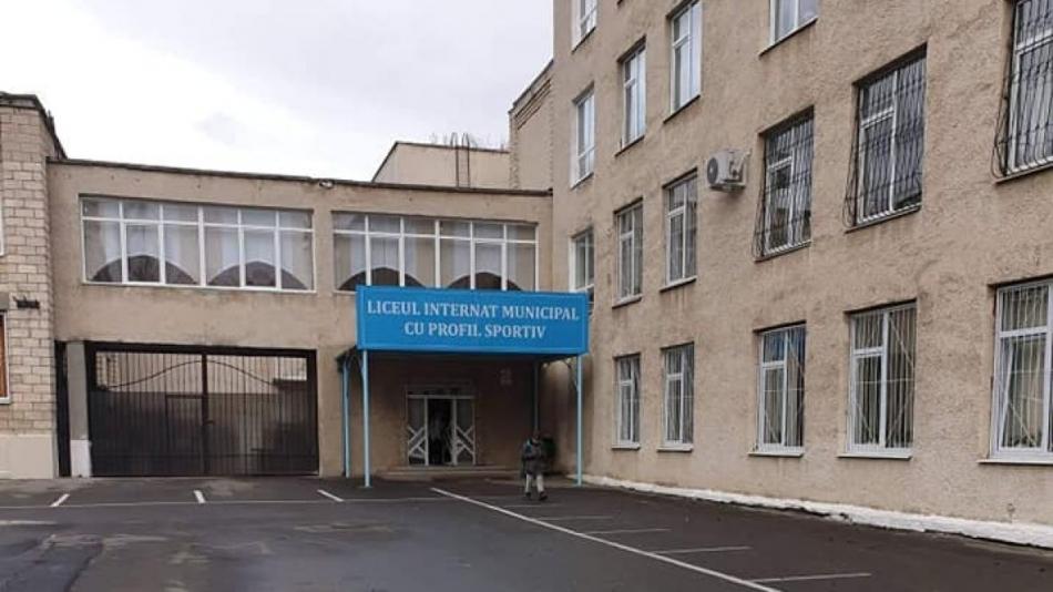 Primăria Chișinău s-a autosesizat referitor la cazul privind alimentația la Liceul-internat municipal cu profil sportiv