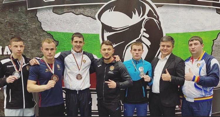 Boxerii moldoveni au cucerit 4 medalii la turneul din Sofia