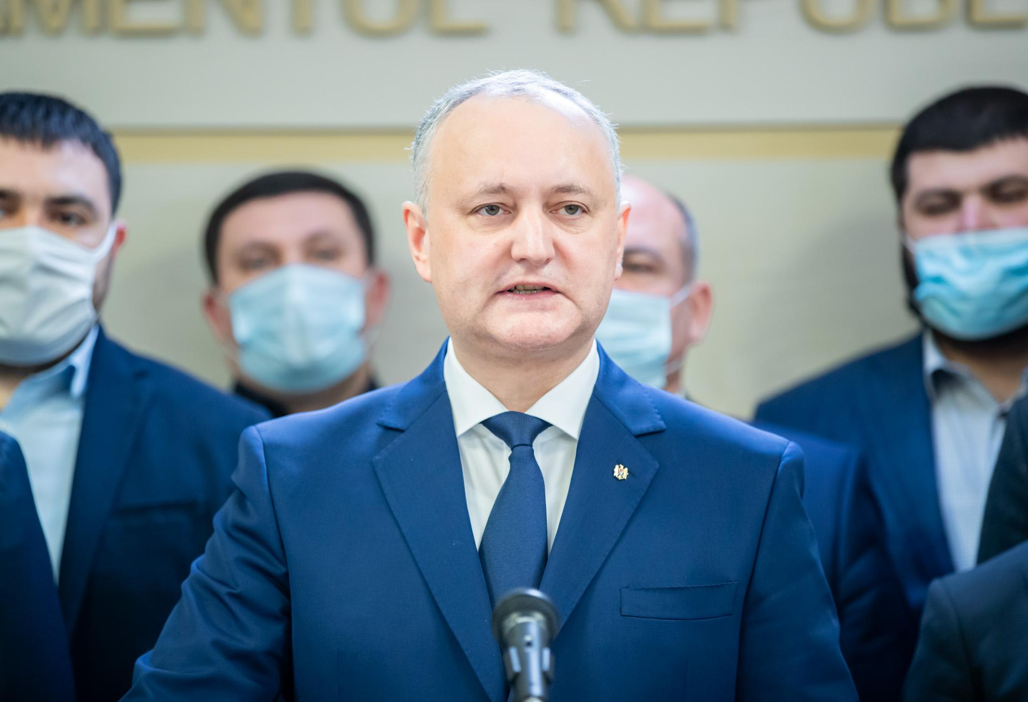 Dodon: Cerem respectarea Constituției și desemnarea de urgență a candidatului la funcția de premier desemnat de majoritatea parlamentară