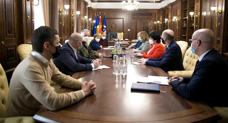 Președintele Parlamentului a convocat, din nou, membrii Guvernului