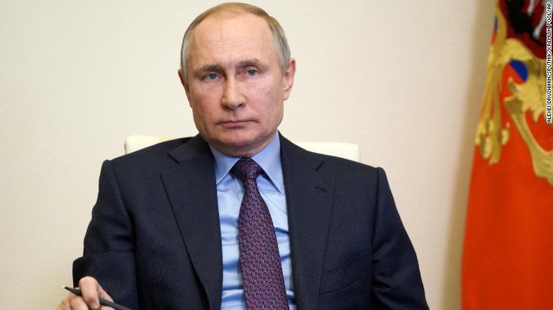 Putin a administrat vaccinul anti – Coronavirus în spatele ușilor închise