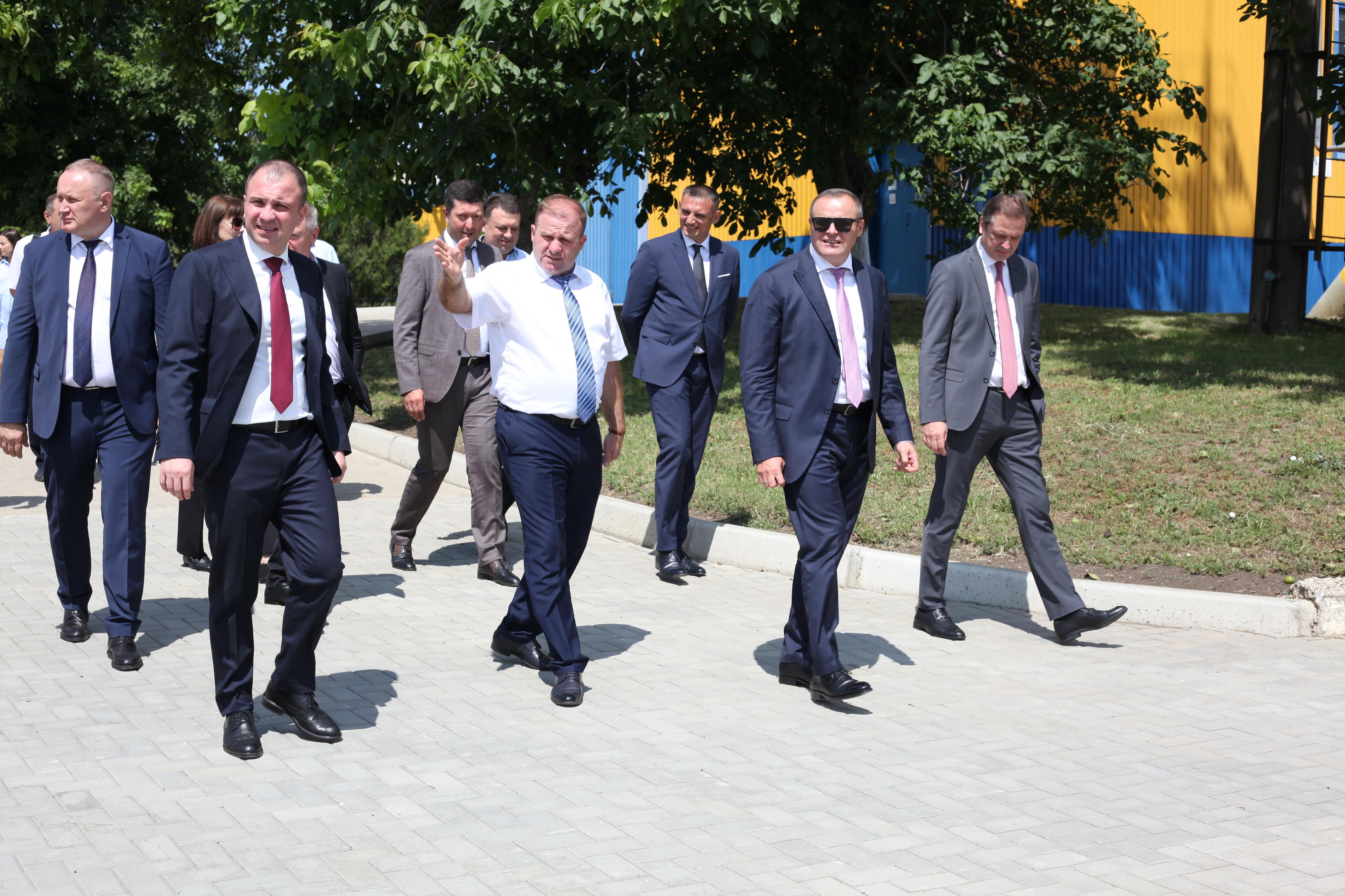 """Președintele Consiliului de Administrație SA """"Moldovagaz"""", în vizită de lucru la SRL """"Moldovatransgaz"""""""