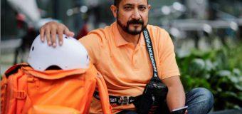 Un fost ministru afgan s-a angajat curier pe bicicletă în Germania