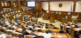 5 noi deputați – la ședința Parlamentului
