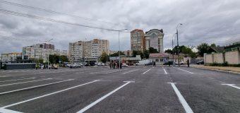 Parcare în centrul capitalei (FOTO)